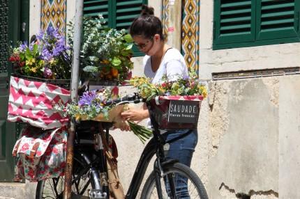 La petite vendeuse de fleurs Lisbonne