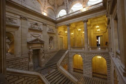 Le grand escalier du grand théâtre de Bordeaux 1