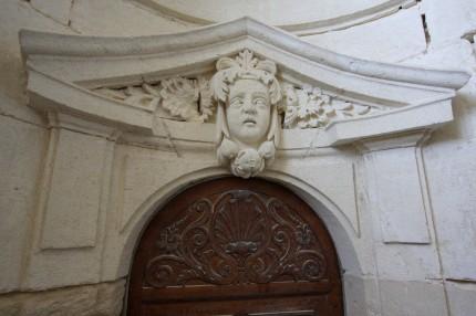 La porte de l'appatement du Roi